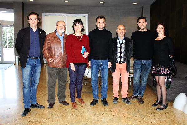 Antonio Maíllo con miembros de la Junta Directiva del Sindicato de Periodistas de Andalucía. Foto: Jesús Angulo