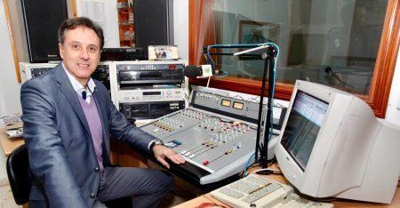 """""""Aquí Radio Nerva"""", un alegato en defensa de las emisoras municipales de la Andalucía rural"""